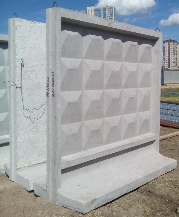 бетонные заборные плиты